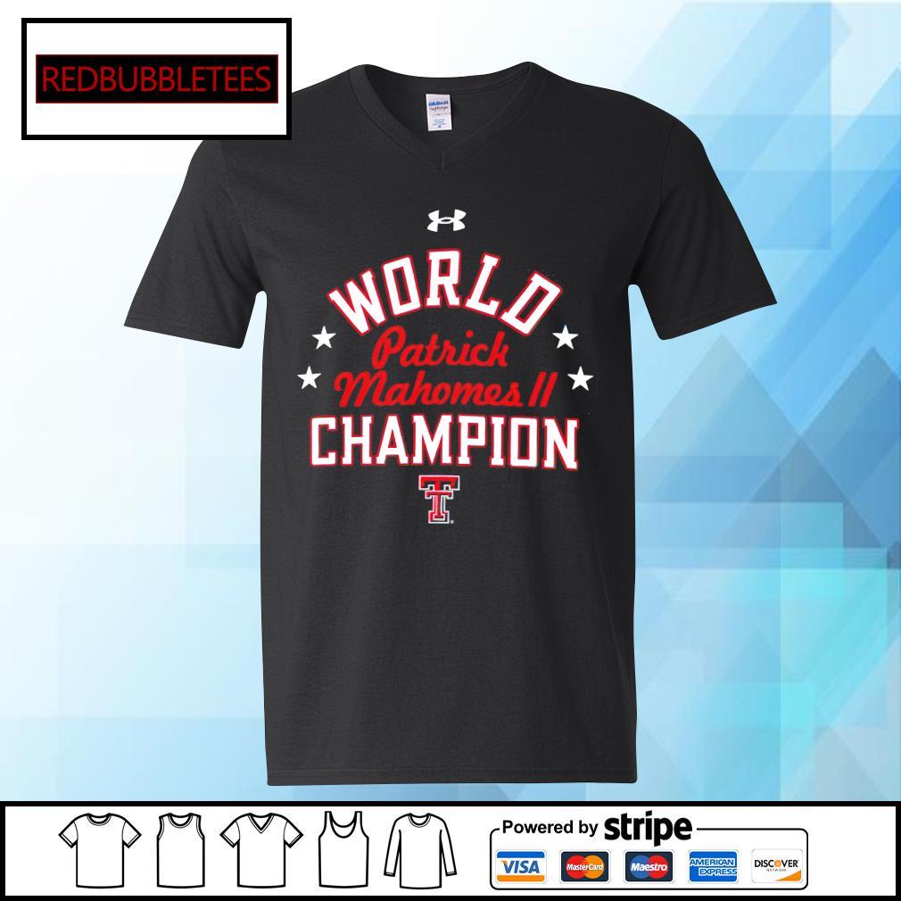 World Patrick Mahomes champion V-neck T-shirt