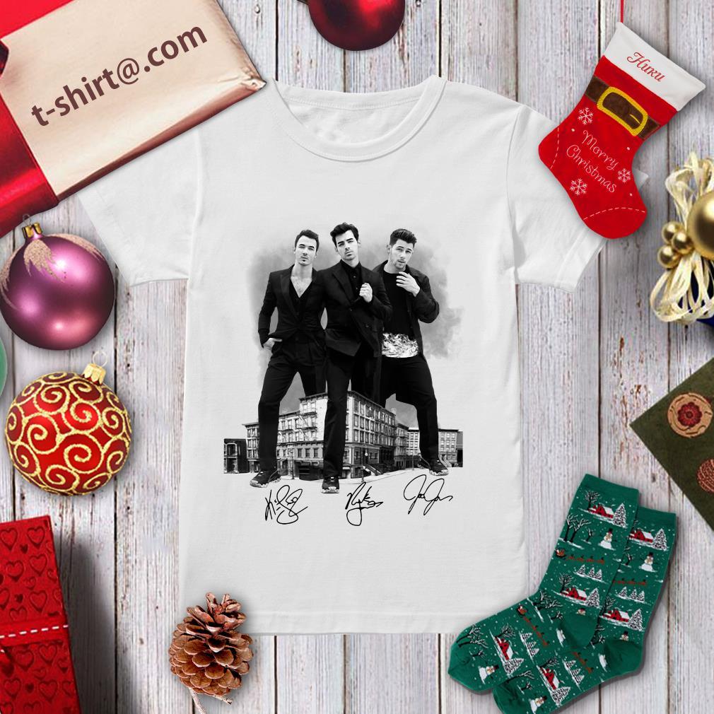 Jonas Brothers signatures ladies tee
